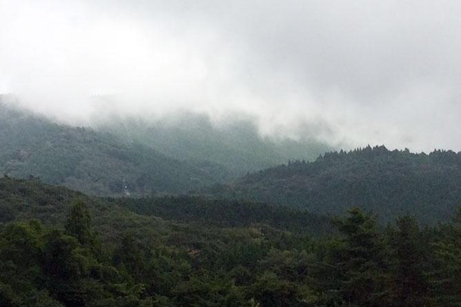 霧がかかっていく様子